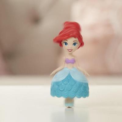 Mini Figurina Disney Princess Ariel cu Suport Rotativ